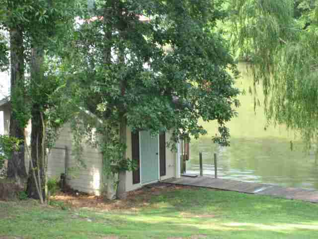 Greensboro Ga 30642 Real Estate. Lake Front Historic Home Listing
